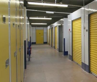 404_self-storage-units-picture-01.jpg